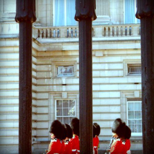 Pola Ln guards 1