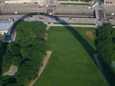 1st_louis_arch_shadow