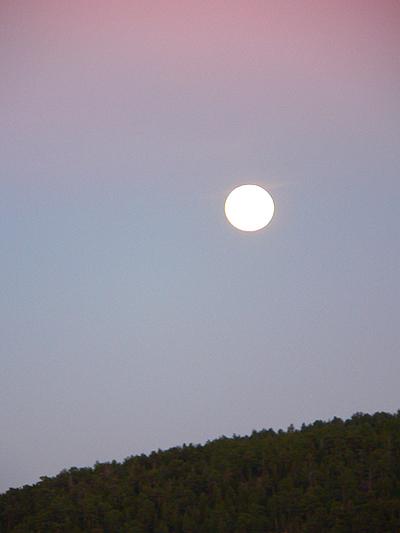 Rising_moon